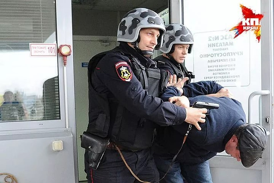Проголодался: наДону преступник  забрал измагазина колбасу