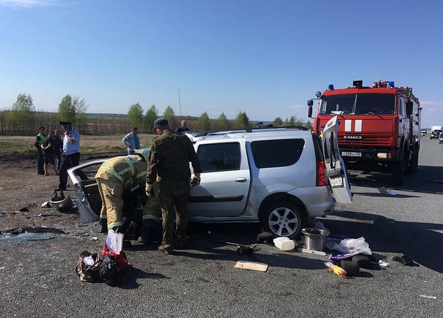 ВБашкирии легковушка врезалась вэкскаватор, шесть человек погибли
