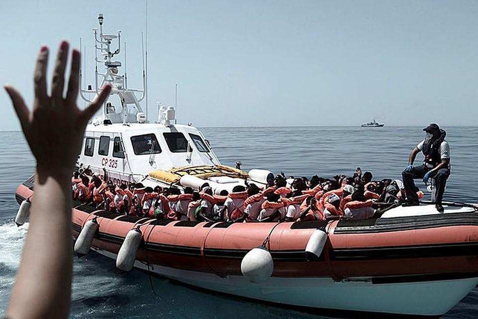 Италия иМальта отказались принять корабль смигрантами