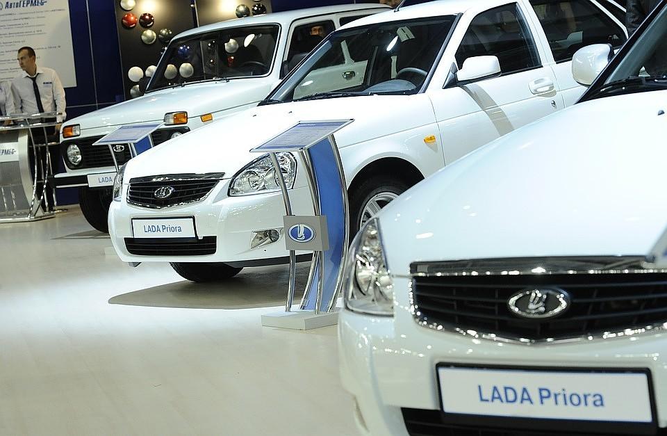 Названы самые известные автомобили намеханике в Российской Федерации