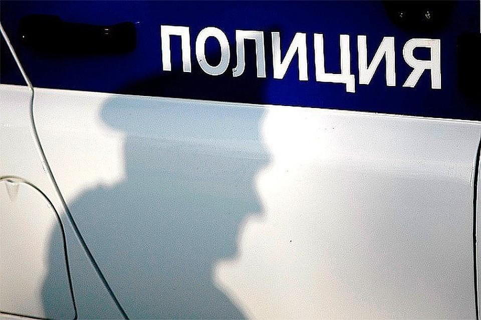 Сотрудник милиции застрелил мужчину вовремя ограбления магазина наБронницкой