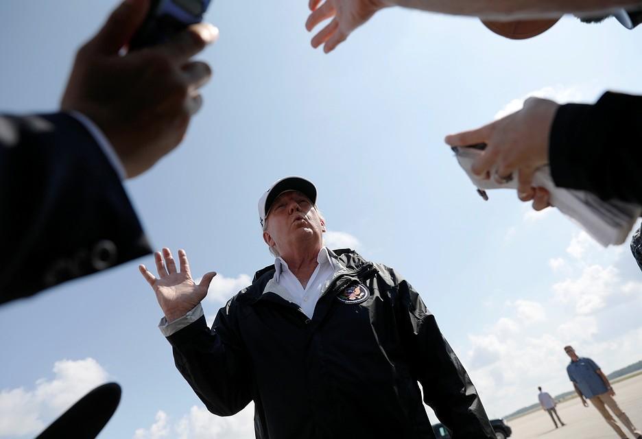Трамп устроил перепалку с репортером New York Times напресс-конференции