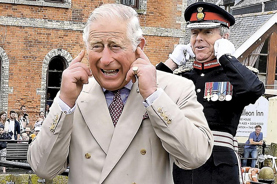 В ожидании короны Чарльз еще пять лет назад дотянул до пенсии: в Соединенном Королевстве мужчины уходят на покой в 65.