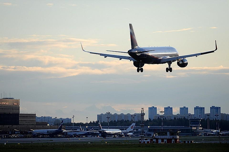 Почему ваэропорту Шереметьево задержаны авиарейсы