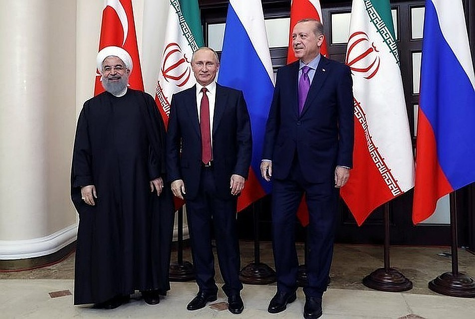Путин указал наснижение насилия почти  повсей Сирии