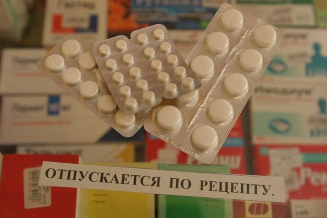 Почему антибиотики отпускают по рецепту