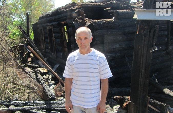 Ижевчанин Михаил Баженов спас на пожаре двухлетнюю девочку.