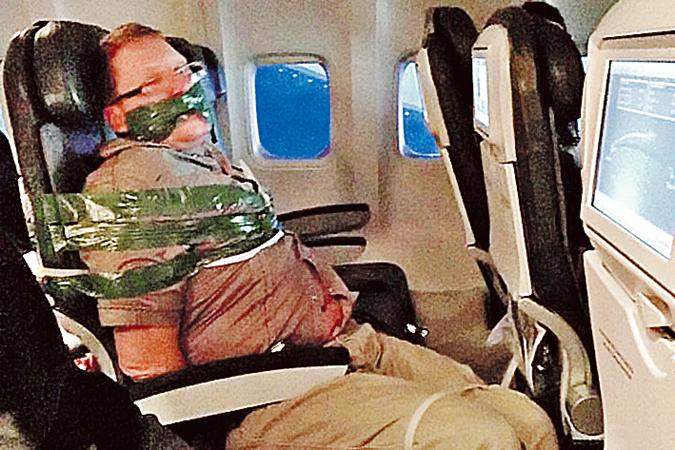 Богатырь,чё: Только 10 пассажиров смогли успокоить путинскую пьянь в самолёте British Airways