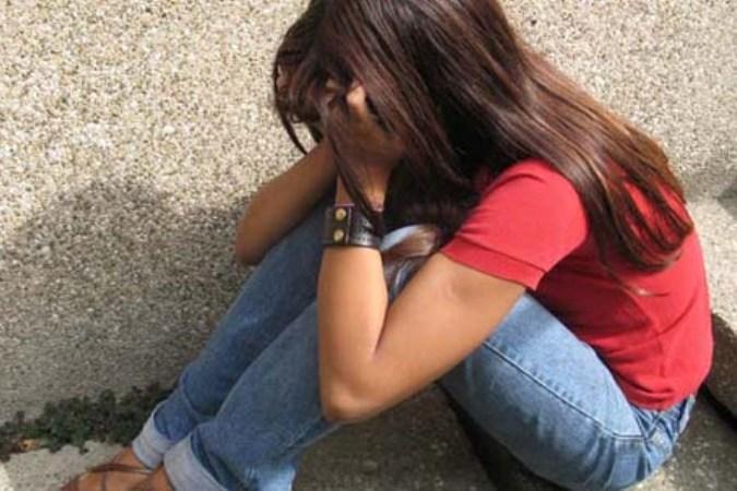 15-летнюю девушку, которая ушла из дома и не вернулась, нашли у ее отца.