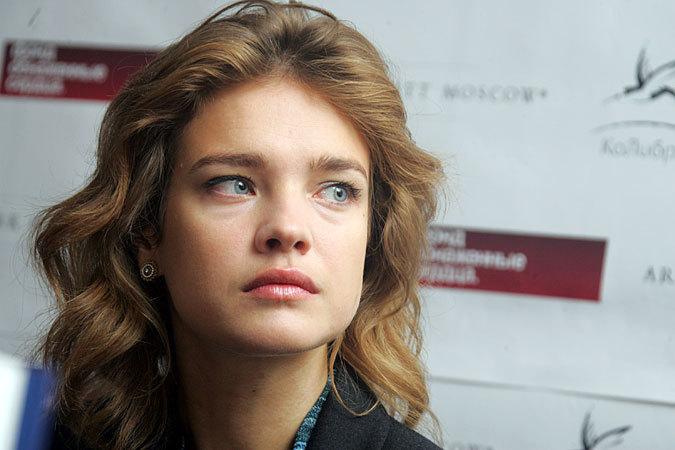 Звезда Наталья Водянова показала свои голые прелести. Бесплатно на Starsru.ru
