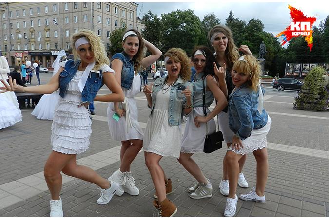 девушки в брянске знакомство