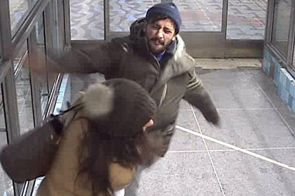 Шеф стокгольмской полиции пообещал найти мерзавца и наказать
