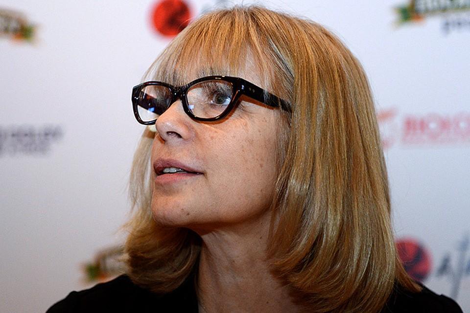 Вера Глаголева несколько лет назад сломала стереотип зрительского восприятия. Из актрисы она окончательно перешла в лигу режиссеров