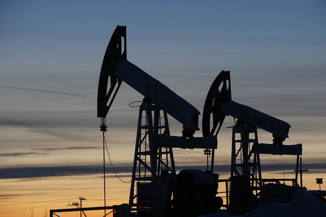 Мау: Нет такой цены на нефть, при которой нам гарантирована катастрофа. Она может быть как при 10 долларах за баррель, так и при 160