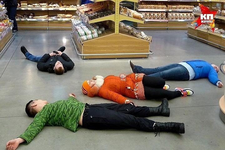 В Новокузнецке в голодный обморок упали 6 человек.