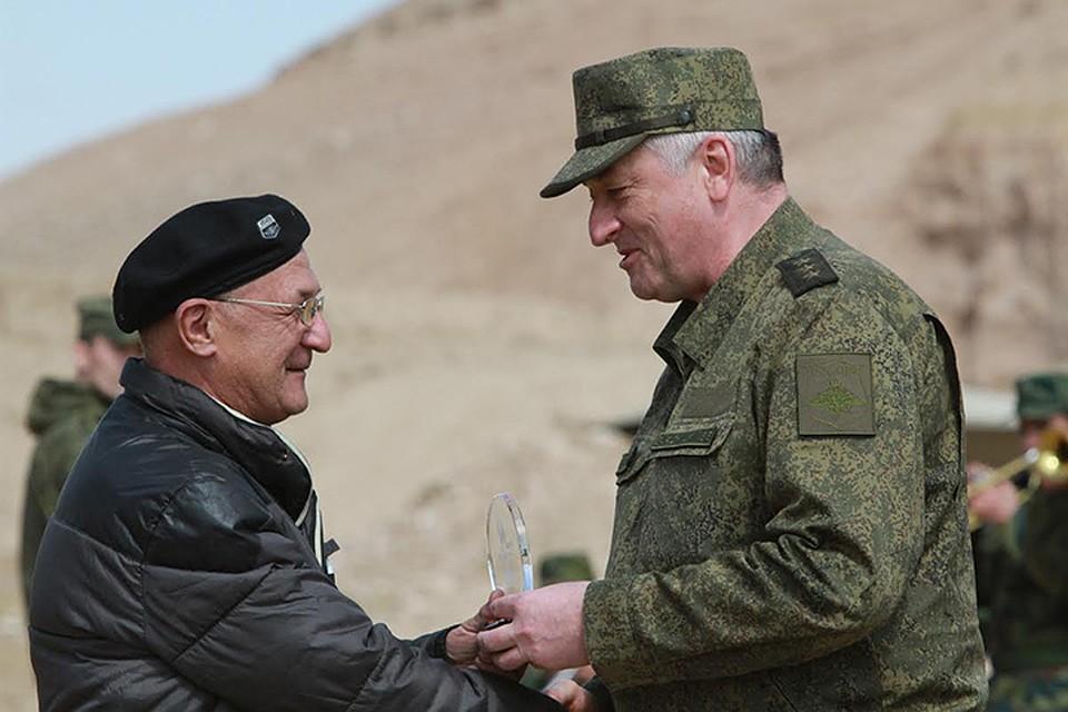 Таджикский журналист получил приз от Минобороны России. Фото: пресс-служба Минобороны России