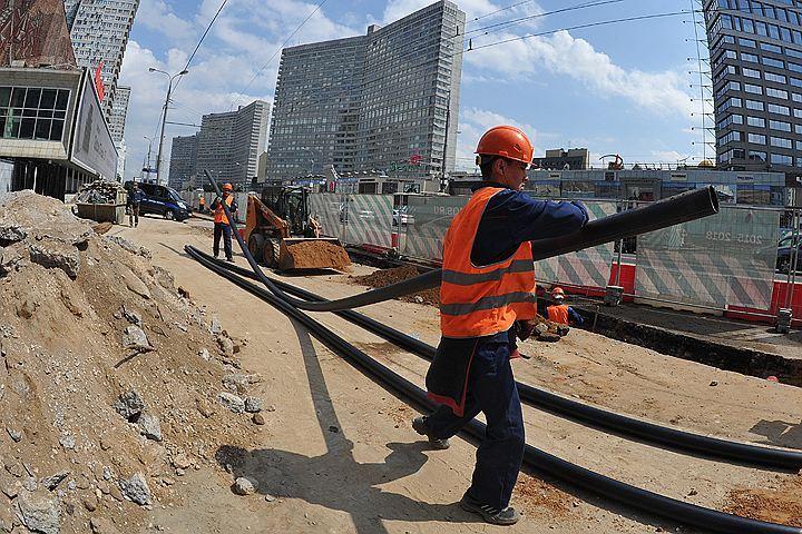 В столице продолжаются масштабные работы по реконструкции главных улиц.