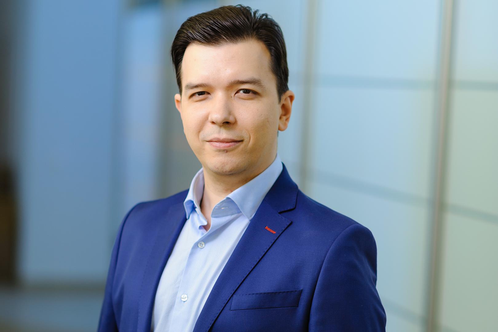 Начальник отдела сопровождения продаж и обслуживания компании Юрий Лукашевич.
