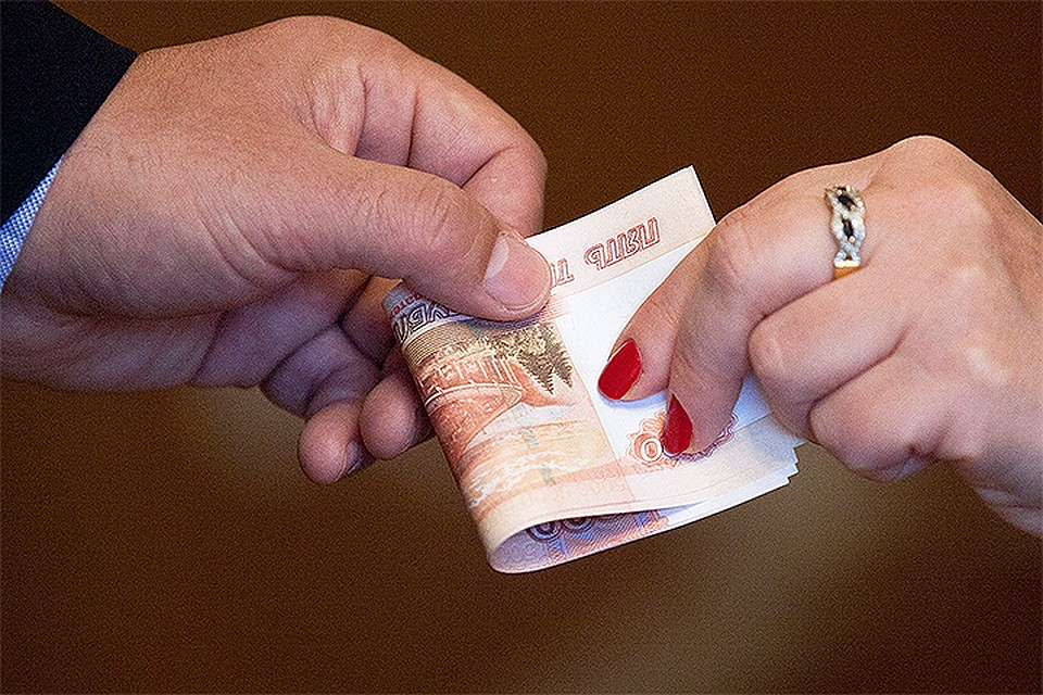 Семейный бюджет: Как грамотно распределить доходы и расходы в кризис