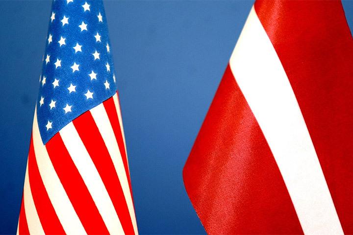 Руководитель МИД Латвии попросил посольство США неиспользовать российский язык в социальных сетях