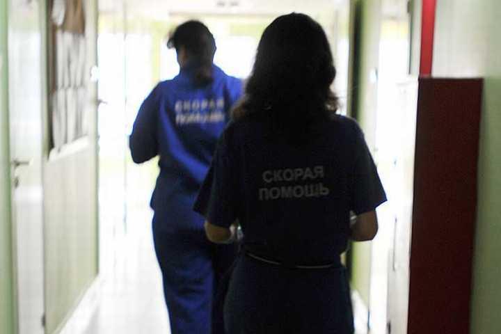 ВВолгограде изокна 2-го этажа выпал очередной ребенок +1
