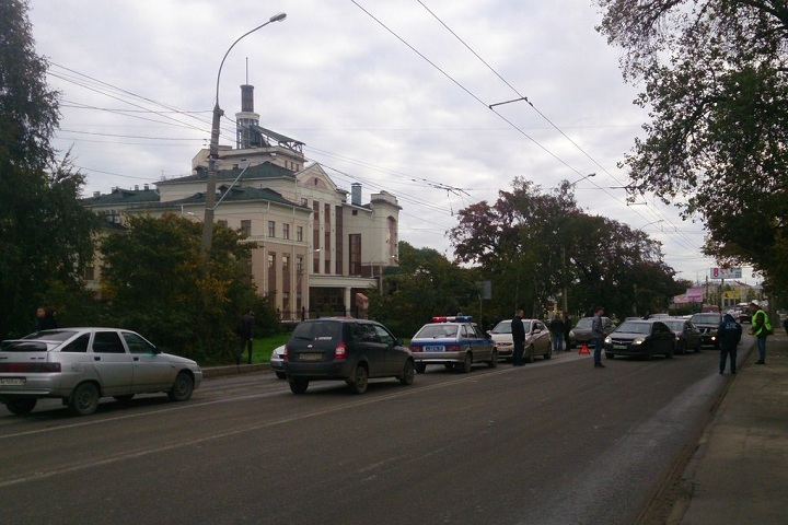 Вцентре Вологды столкнулись 5 авто