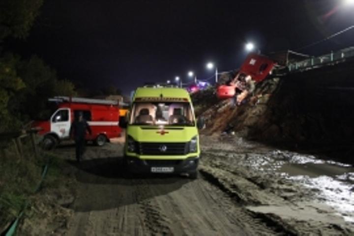 Три автомобиля столкнулись наворонежской трассе: необошлось без жертв