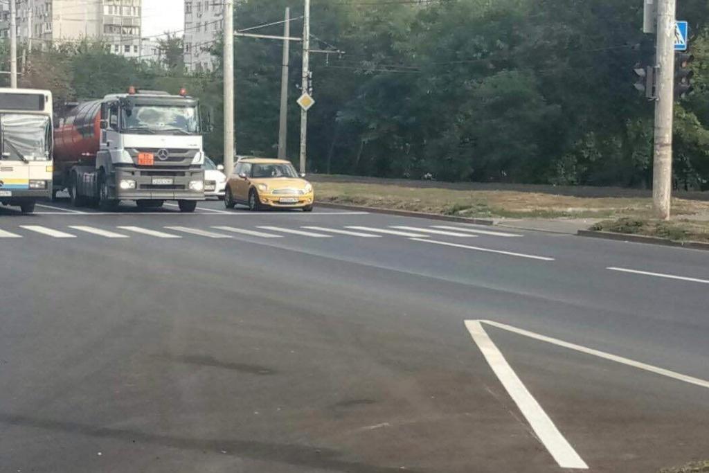 Неменее 1 500 м² разметки нанесено надороги Ростова