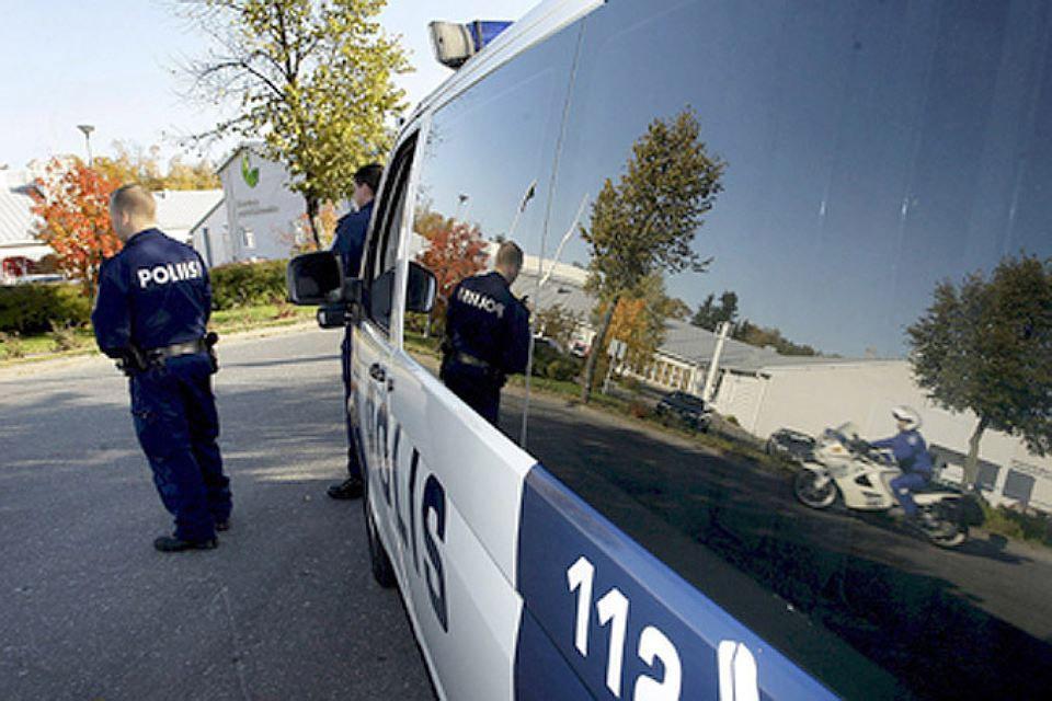 Расследование действий полицейских, застреливших водителя натрассе вФинляндии, доверено уездному прокурору