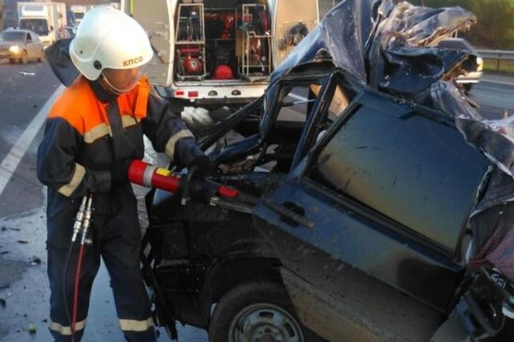 Молодой шофёр, его супруга имать погибли в кошмарной трагедии вТатарстане