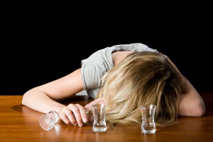 МВД желает запретить реализацию алкоголя назаправках ивночное время