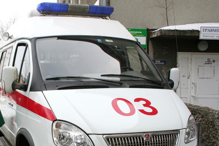 Помощь недоехала. ВИркутске автобус столкнулся скаретой скорой помощи