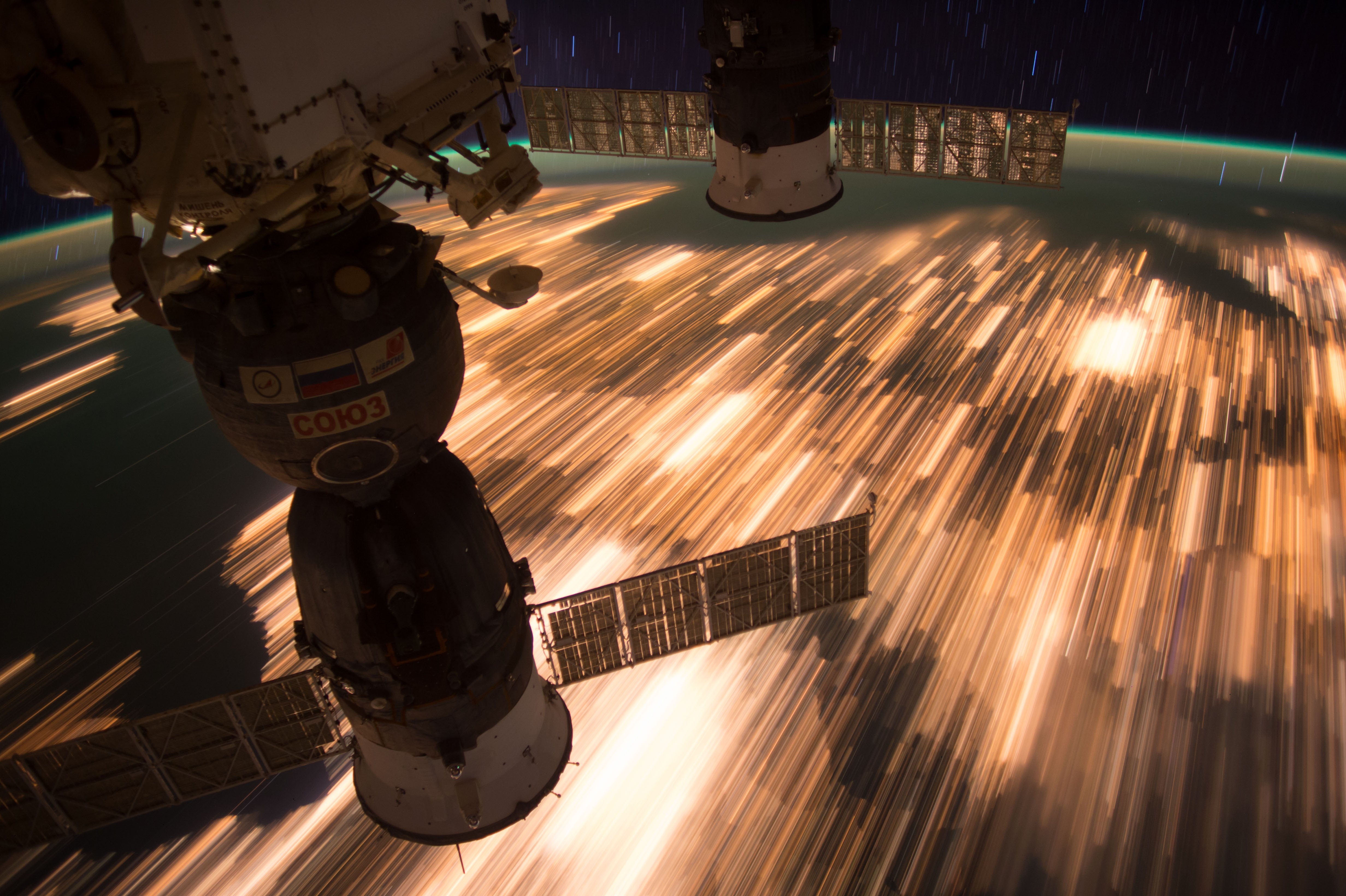 Так станция движется над нашей планетой. Фото: NASA во Flickr - https://www.flickr.com/photos/nasa2explore/