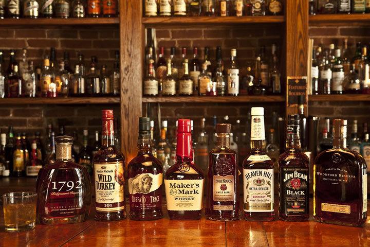 Сотрудники финского посольства в Стокгольме обвиняются в контрабандной торговле необлагаемым налогом алкоголем. Фото с сайта cigarpro.ru