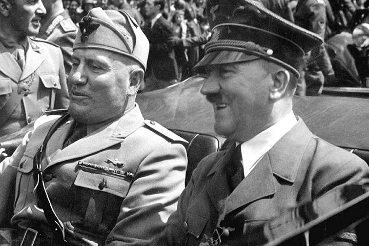 Мысль, что немцы могли силами 500 десантников захватить Москву не была известна ни Гитлеру, ни его генералам.