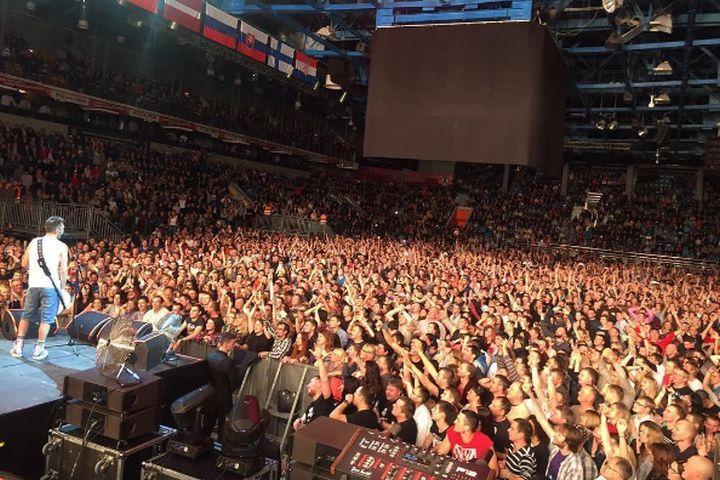 Шнуров пообещал написать песню про Екатеринбург