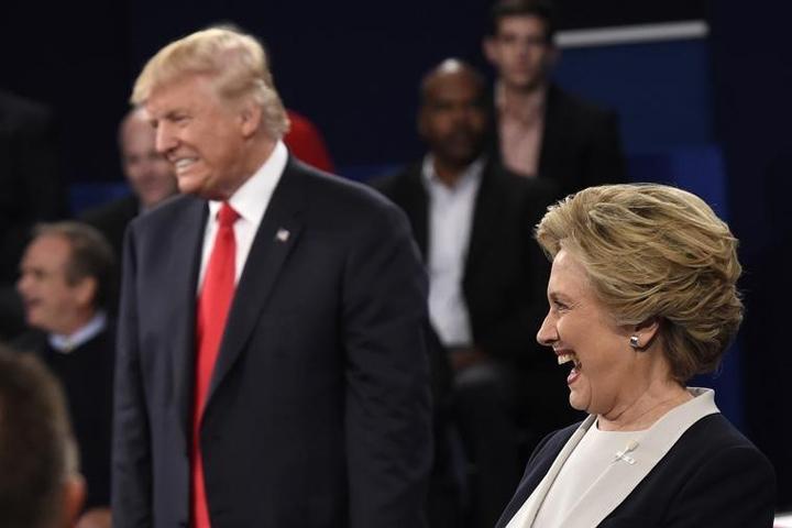"""Трамп уверен, что его соперницу """"будто накачали"""""""