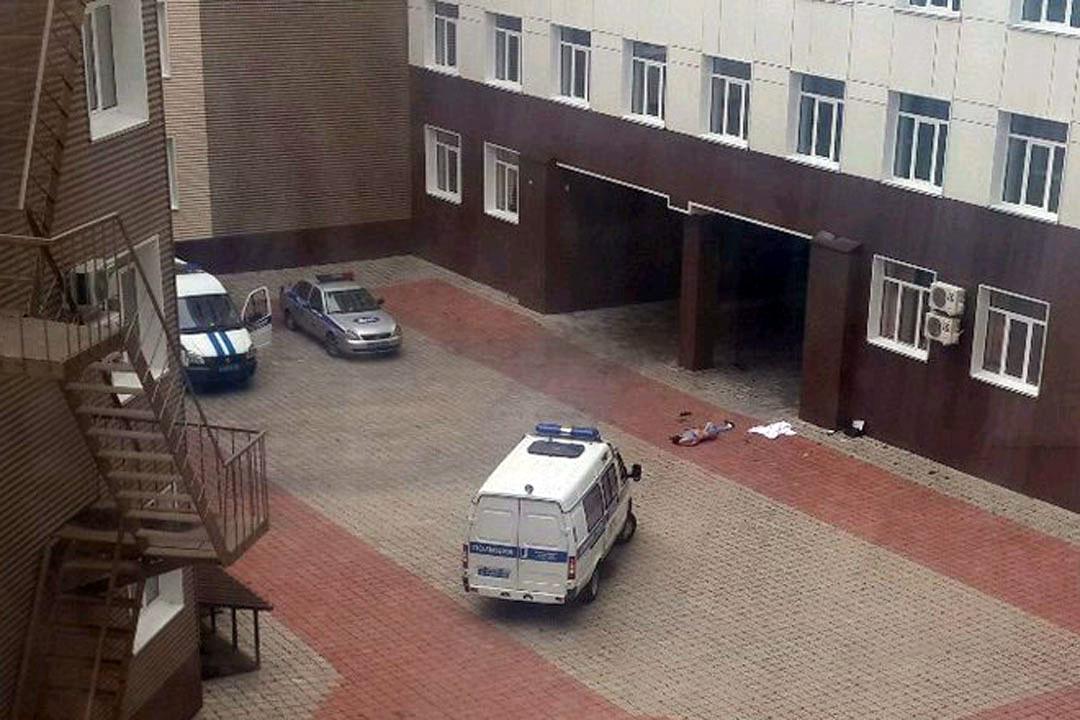 Больной Алтайской краевой медицинской клиники покончил ссобой