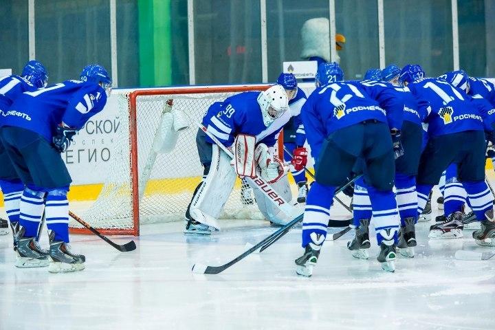 Хоккеисты «Ижстали» потерпели неприятное поражение от«ТХК» вТвери