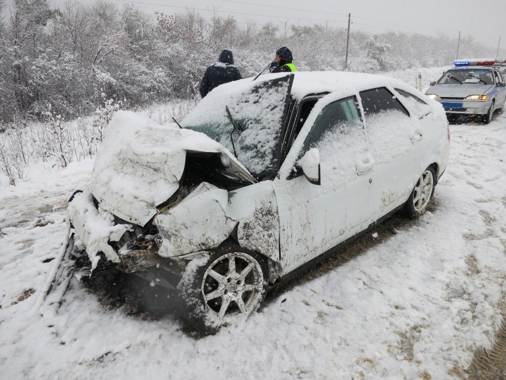 Ужасное ДТП под Самарой: «ВАЗ-2107» врезалась в«Гранту»