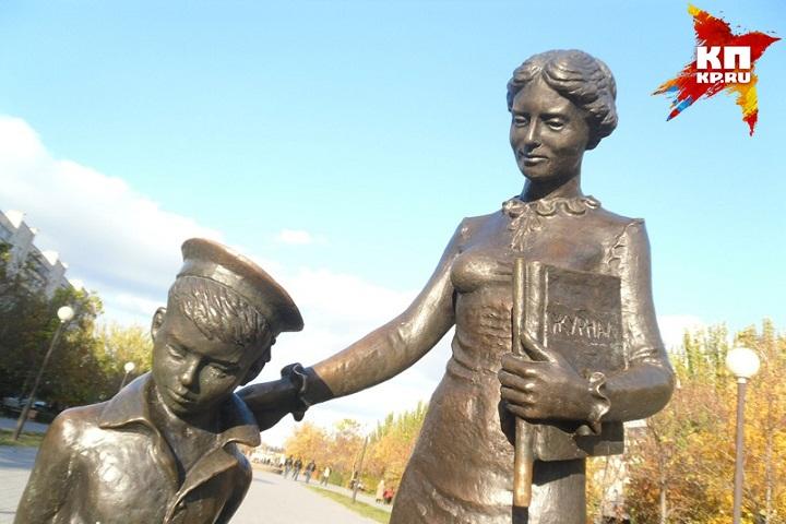Встолице Удмуртии планируют установить монумент Первой учительнице