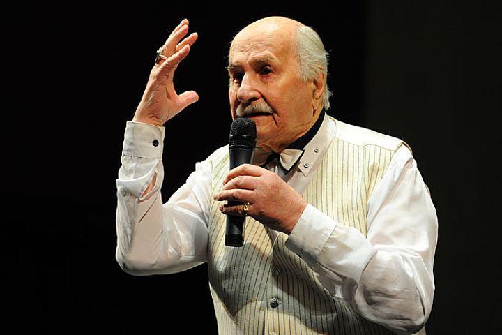 ВТвери приняли решение установить мемориальную доску народному артисту СССР Владимиру Зельдину