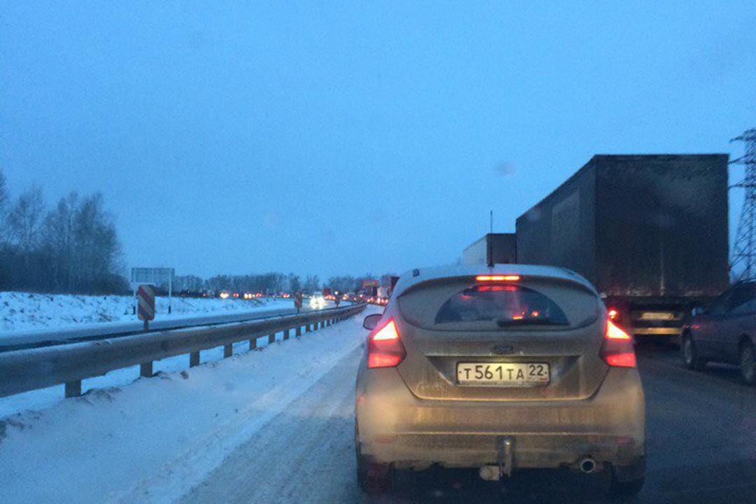 ГИБДД: ВДТП под Барнаулом попали 20 авто