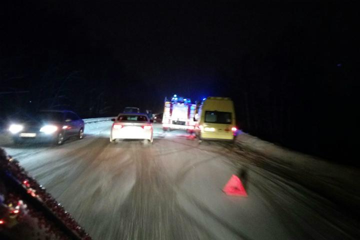 Участника ДТП наГостилицком шоссе едва нелинчевали близкие погибшего— Очевидец