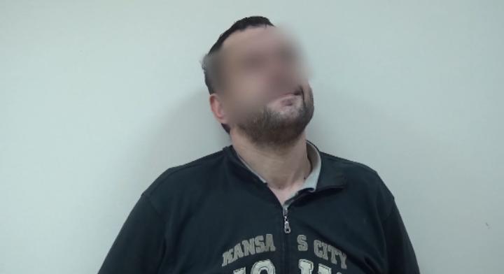 ВЯрославле впроцессе конфликта доэтого судимый мужчина пырнул другого ножом