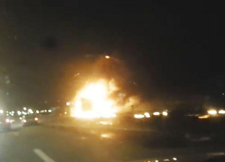 ВАксайском районе в итоге ДТП сгорели две фуры