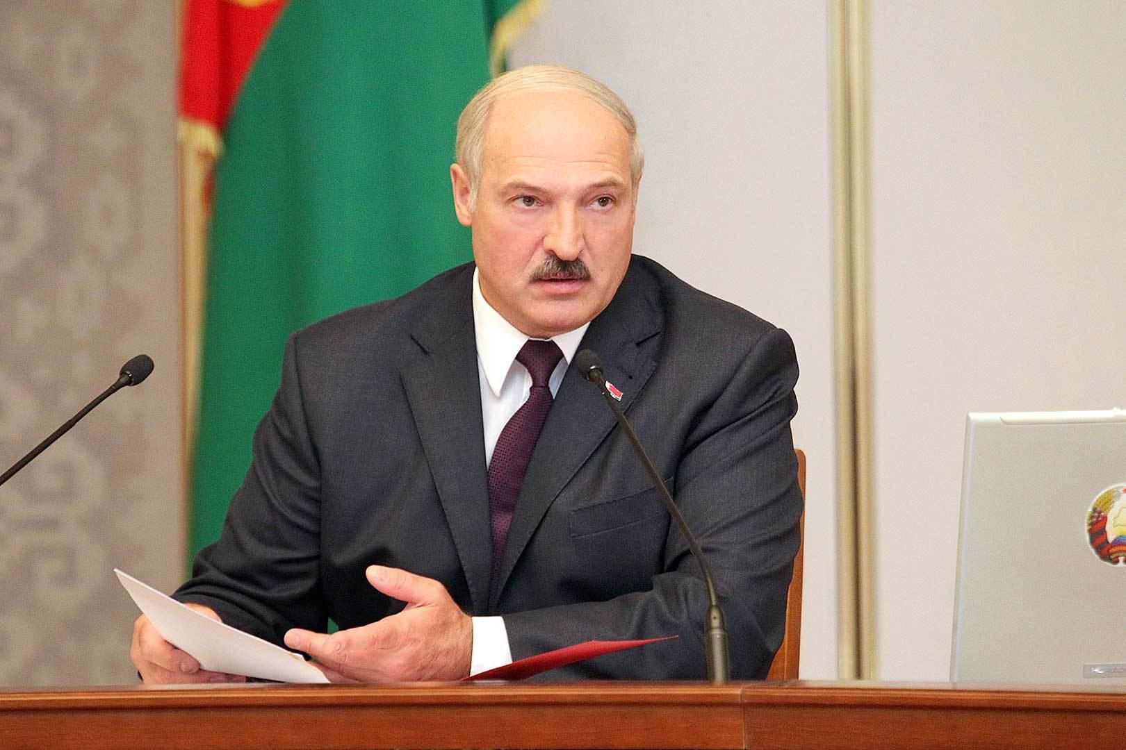 По словам президента, в Минске могли бы встретиться международные эксперты, которые выработали бы договоренности для лидеров конфликтующих государств. Фото: БелТА