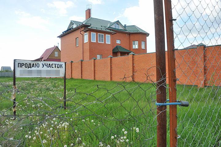Многодетным из Самарской области только выделят землю. Обживать участок придется своими силами.