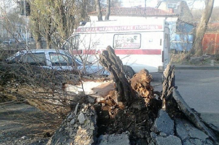 ЧП произошло около дома по ул Пастухова, 34. Фото: https://vk.com/5gorsk_secret