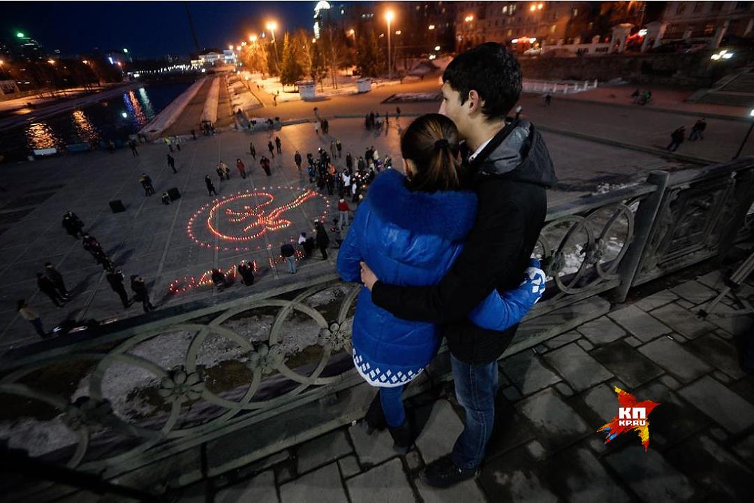 Вцентре Екатеринбурга «зажгут» десятиметрового ребенка ипокажут вглобальной сети